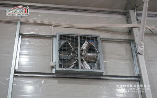 Стеклянное окно