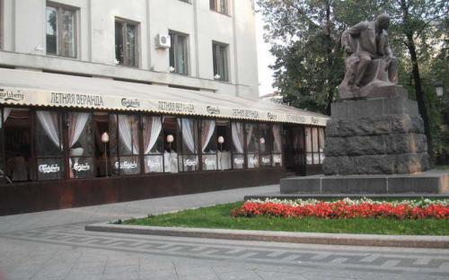 Летняя веранда. Летнее кафе. г. Москва, Долгоруковская площадь