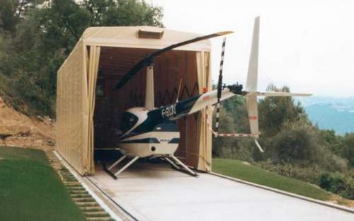 Тентовый ангар для вертолета