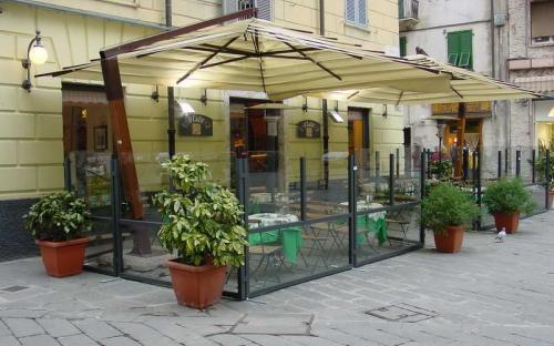 Декоративные ограждения для летних кафе, открытых площадок и веранд ресторанов
